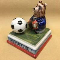 medved-s-futbolnym-myachom (3)