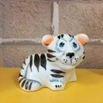statuehtka-farforovaya-tigrik-simba-belyj